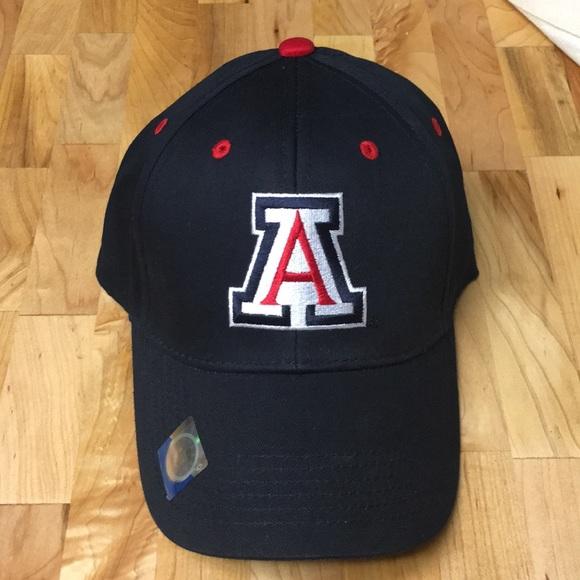 cd80005d4a73f University of Arizona hat 🧢. M 5b4ab5cc4ab63308c343fcec